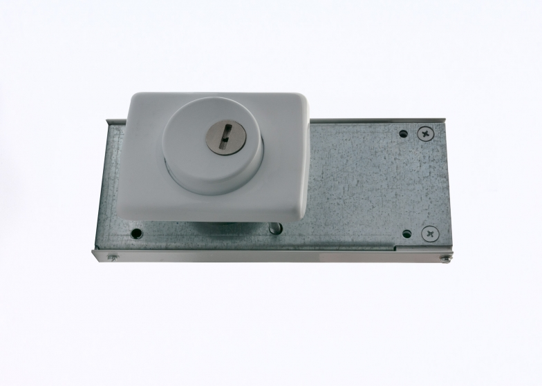 Combination lock 2006 single point of contact surface mounting